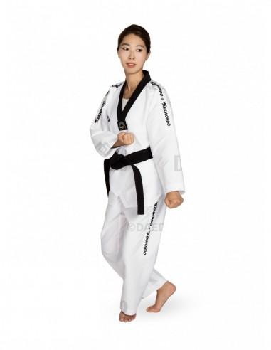 Imagén: Dobok Hi-Tech Taekwondo